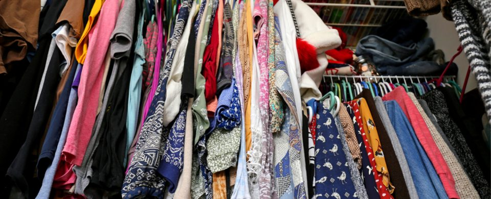 Home Care Services in Lo Costa CA: Decluttering