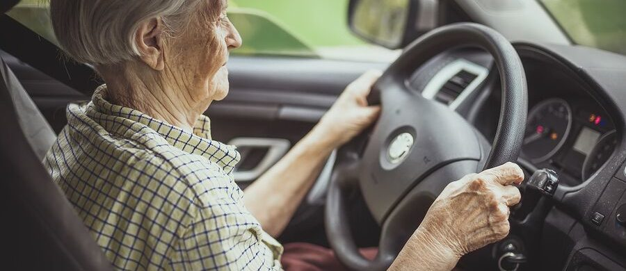Homecare in LaJolla CA: Benefits Of Senior Giving Up Their Car