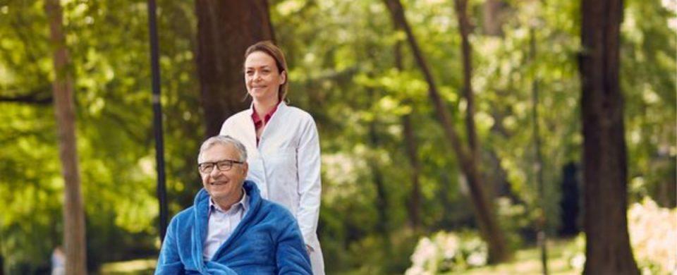 Elderly Care in La Costa CA: Senior Outdoor Wheelchair Hobbies